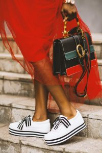 bag-fashion-feet-1374910